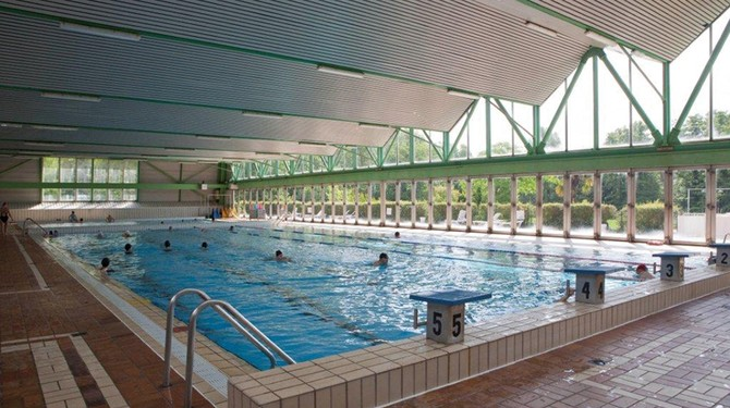 Les piscines du val d yerres en p riode estivale for Piscine yerres