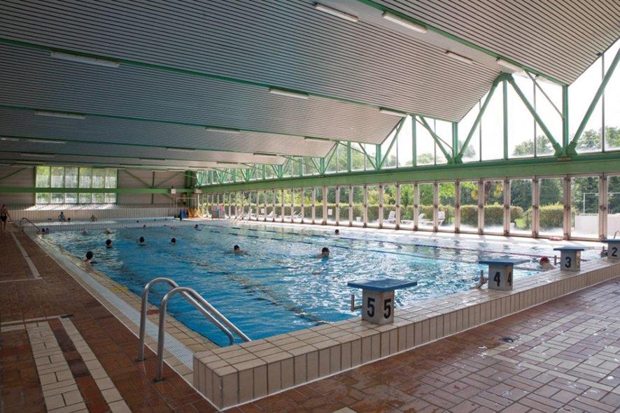 Les piscines du val d yerres en p riode estivale for Piscine montgeron