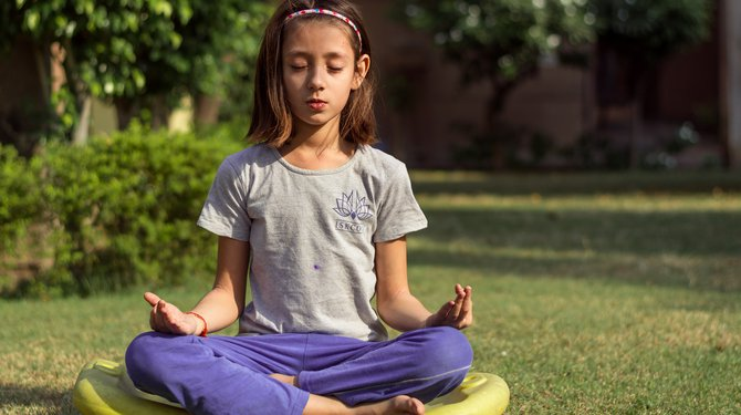 Initiation sophrologie enfants - Prendre soin de soi à la médiathèque